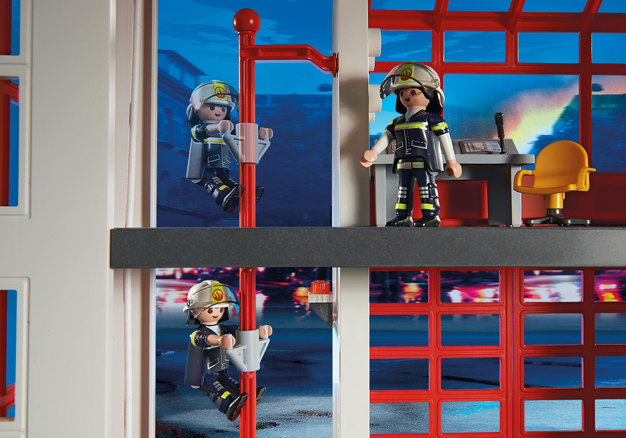 http://media.playmobil.com/i/playmobil/5361_product_extra3/Fire Station with Alarm