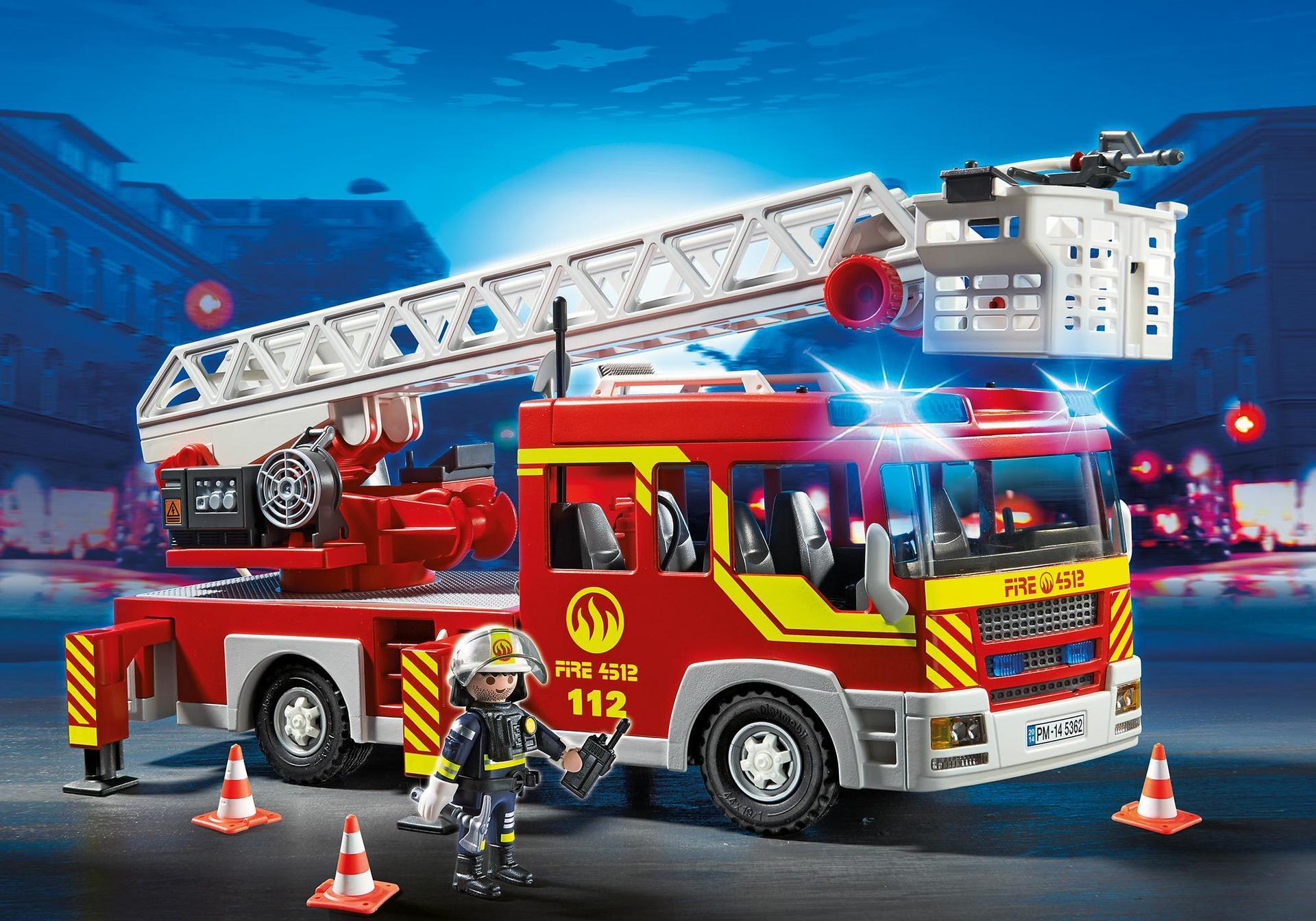Camion de pompier avec chelle pivotante et sir ne 5362 - Image camion pompier ...