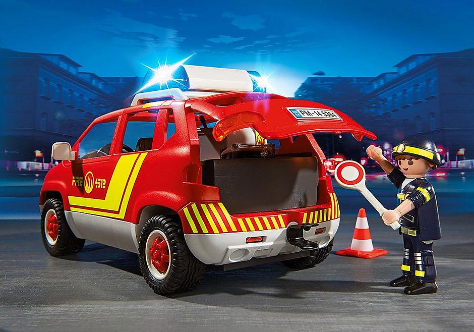 5364 Brandweercommandant met dienstwagen met licht en sirene detail image 6