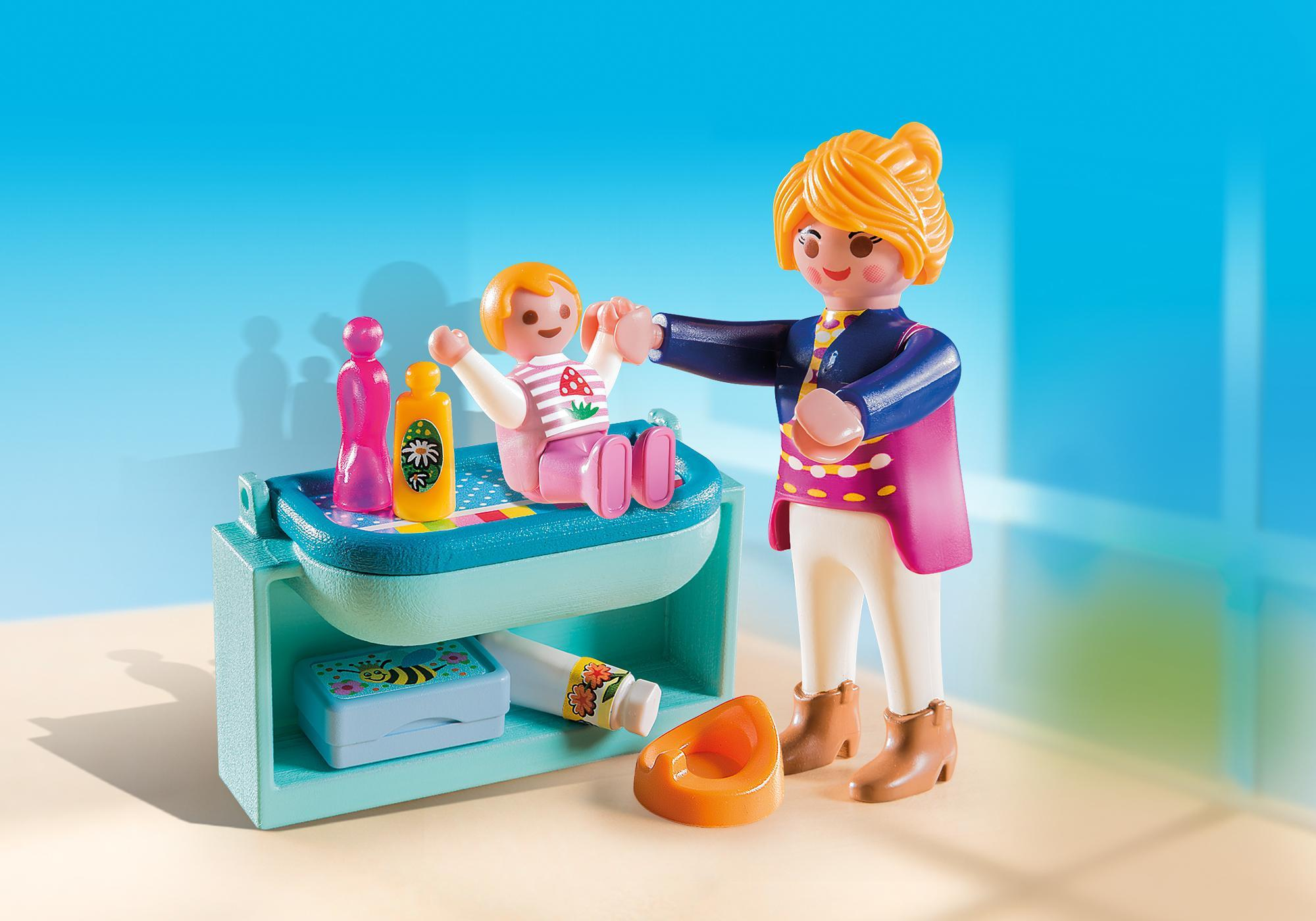 http://media.playmobil.com/i/playmobil/5368_product_detail/Mamá y Niño con Cambiador