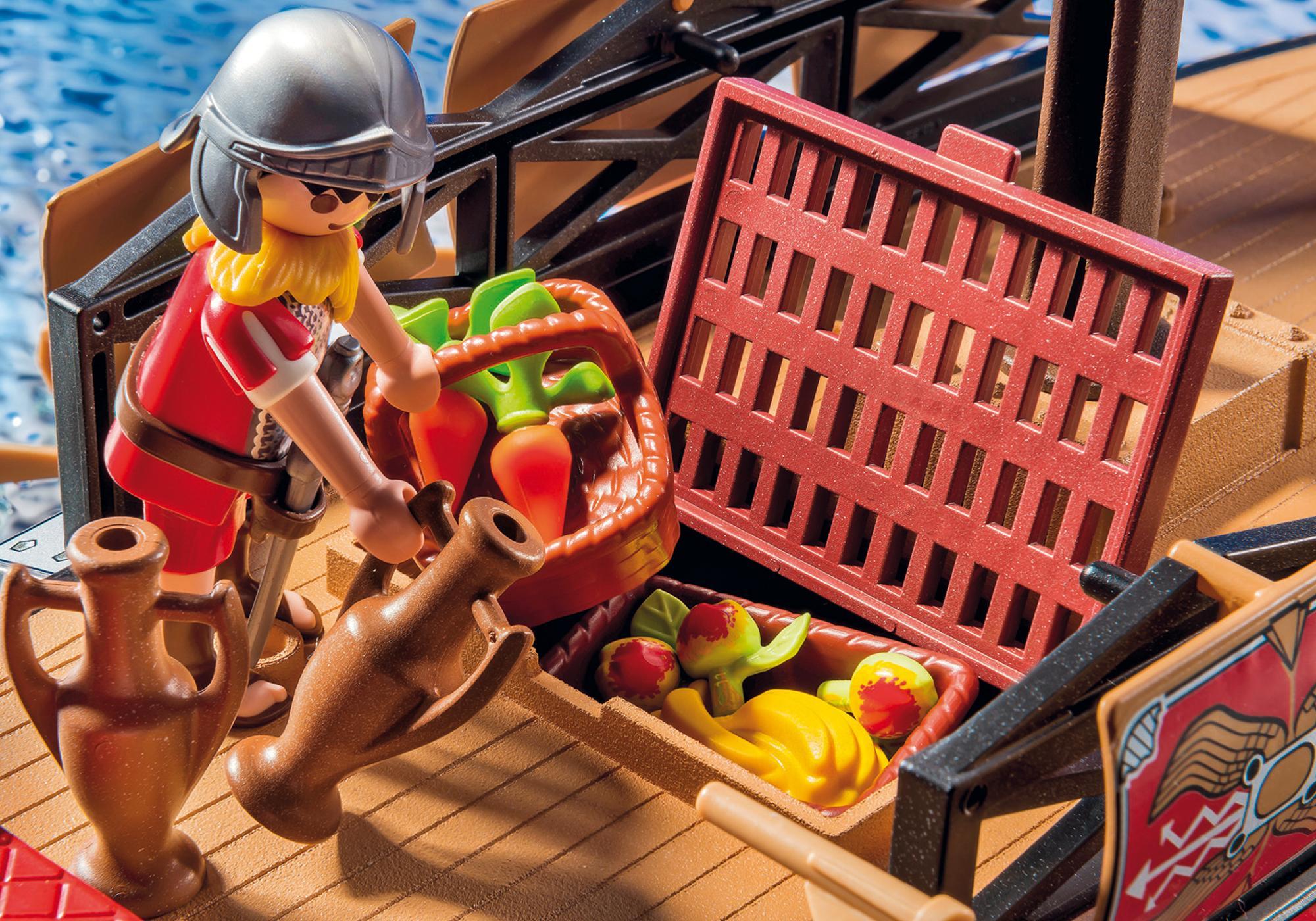 http://media.playmobil.com/i/playmobil/5390_product_extra4/Roman Warriors' Ship