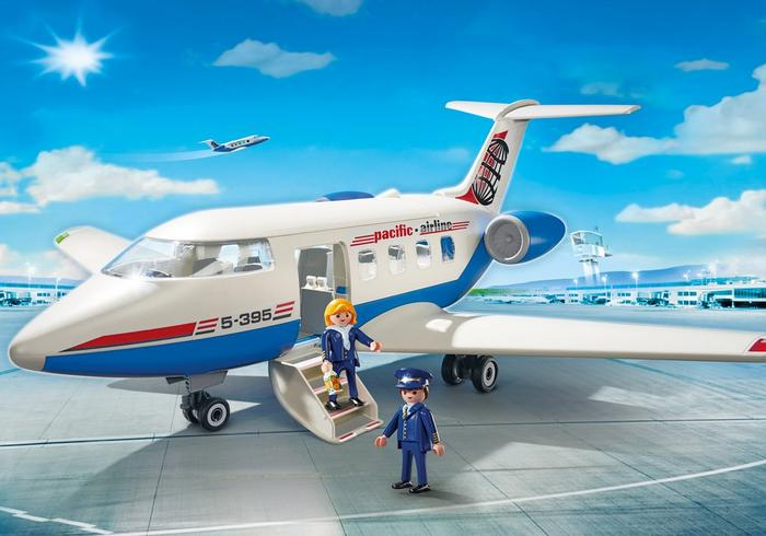 Playmobil: Man = pilot Woman = stewardess