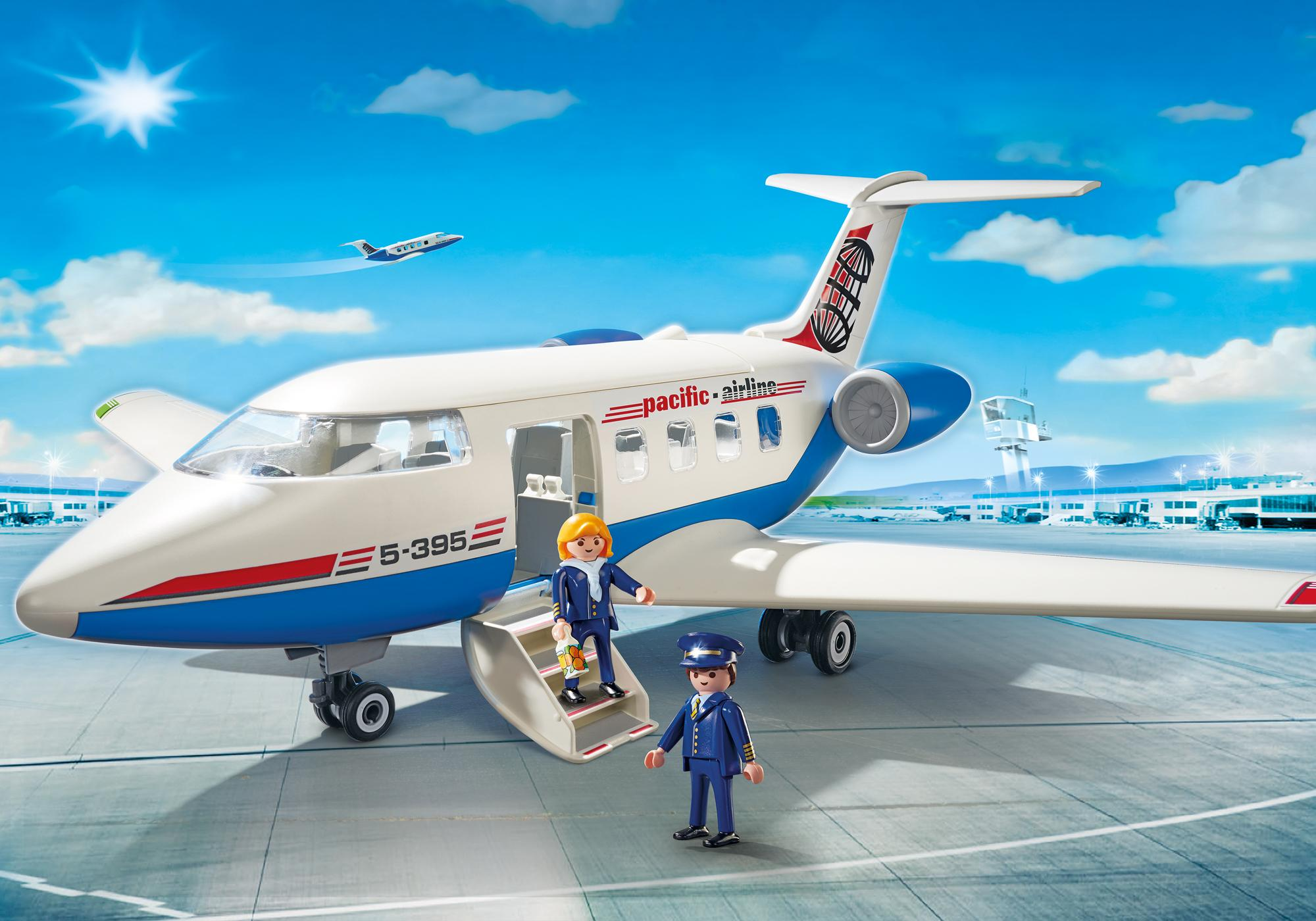 Playmobil: Man = pilot Woman = stewardess
