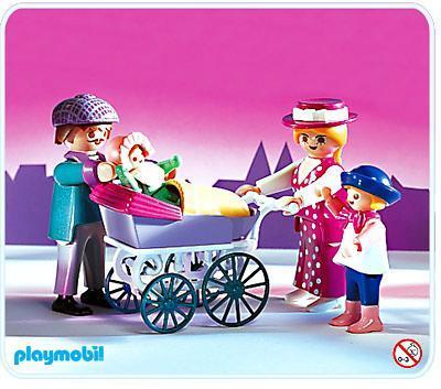 http://media.playmobil.com/i/playmobil/5510-A_product_detail/La famille