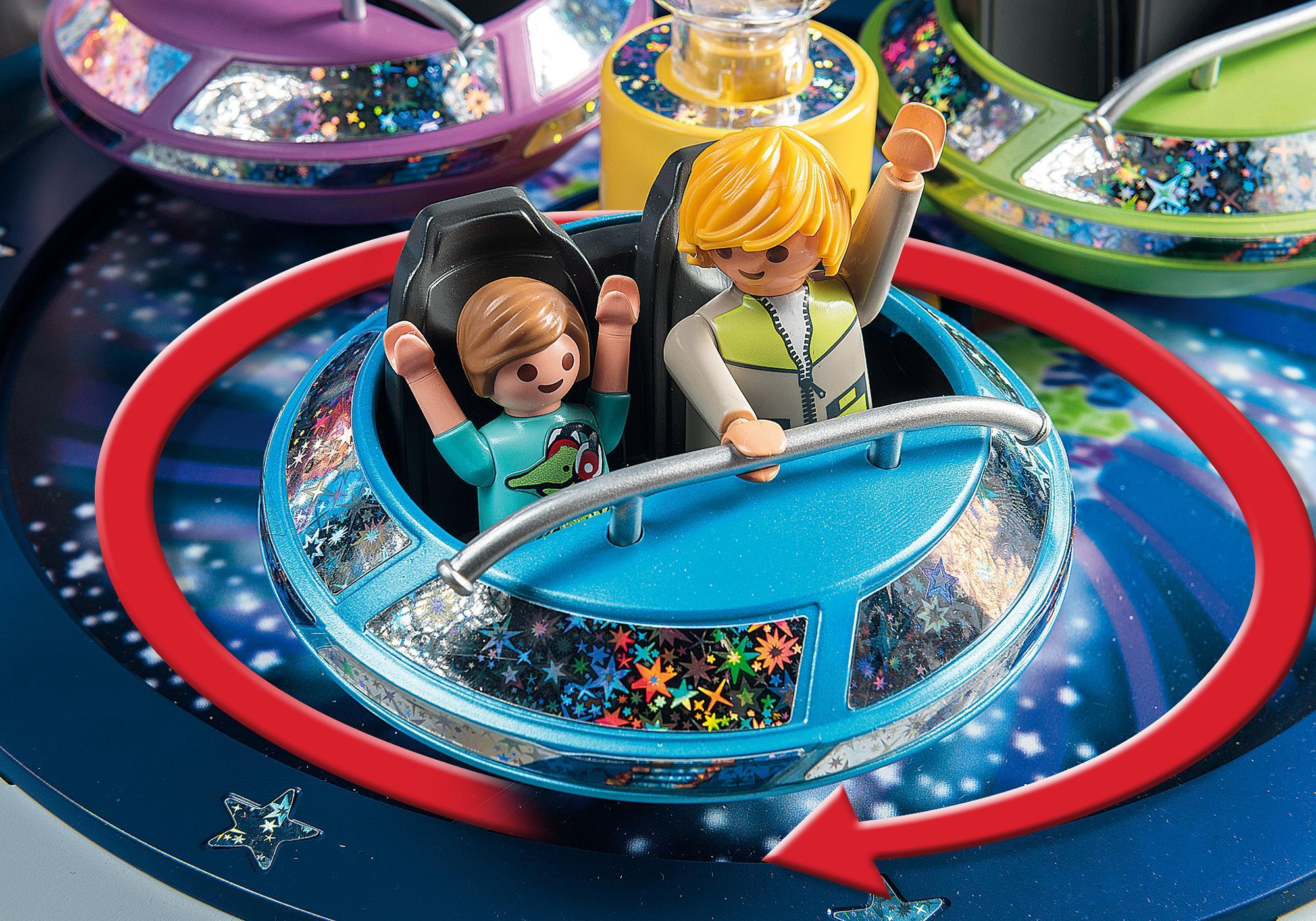 http://media.playmobil.com/i/playmobil/5554_product_extra1/Spinning Spaceship Ride with Lights