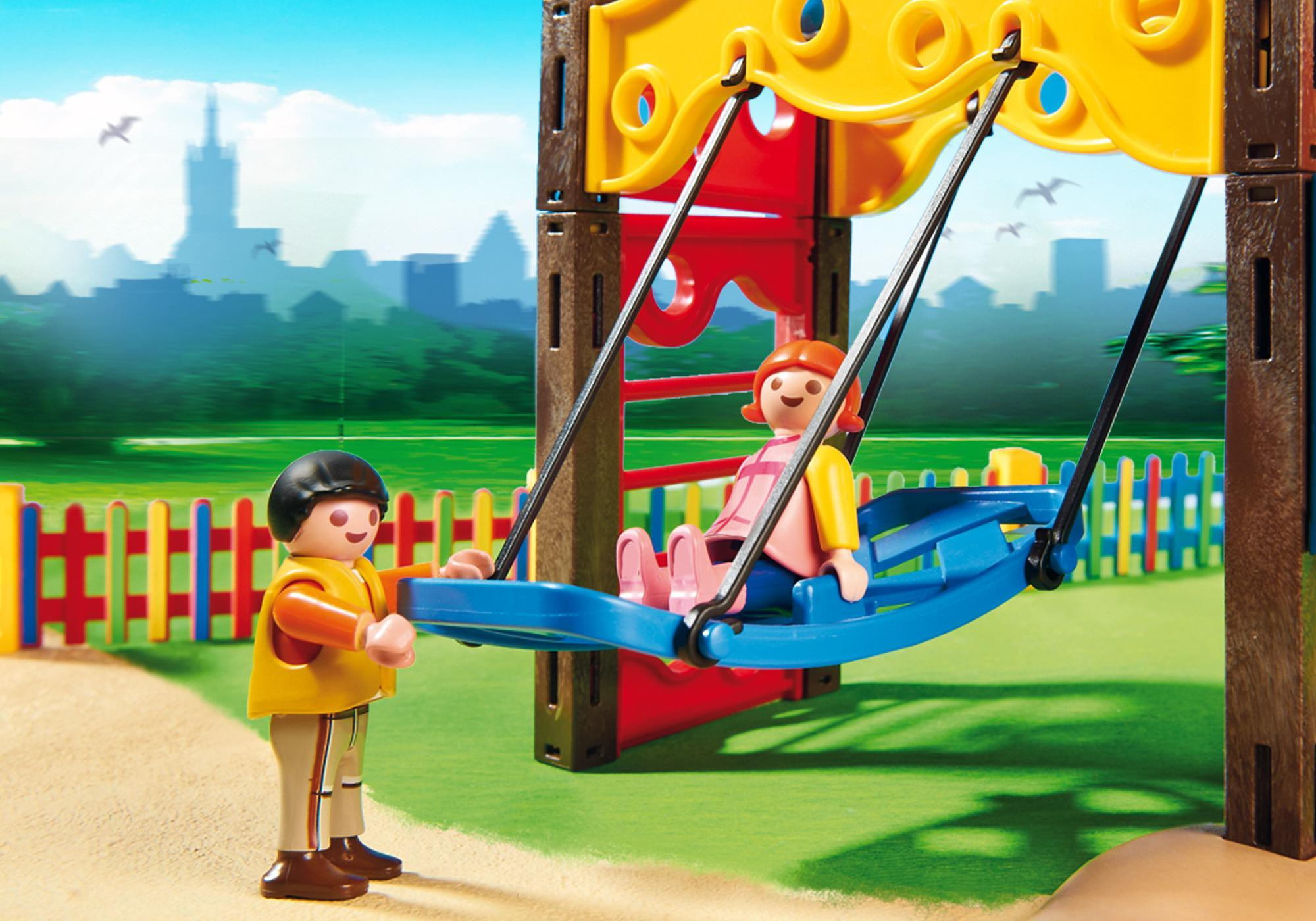 http://media.playmobil.com/i/playmobil/5568_product_extra3/Kinderspielplatz
