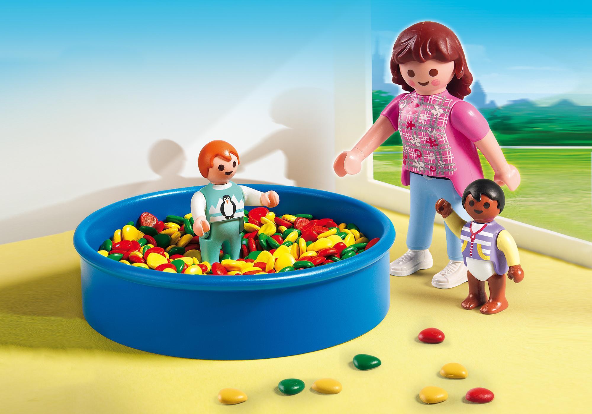 http://media.playmobil.com/i/playmobil/5572_product_detail