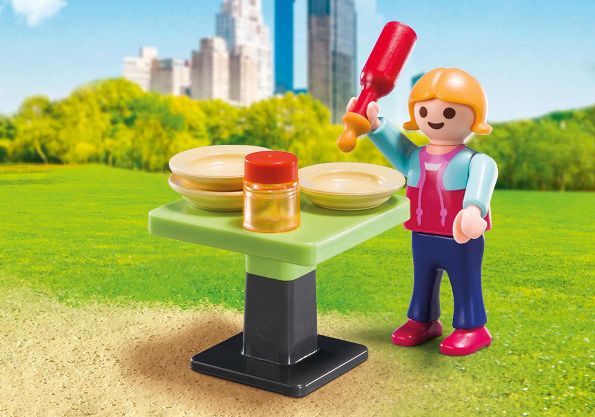 http://media.playmobil.com/i/playmobil/5649_product_extra2