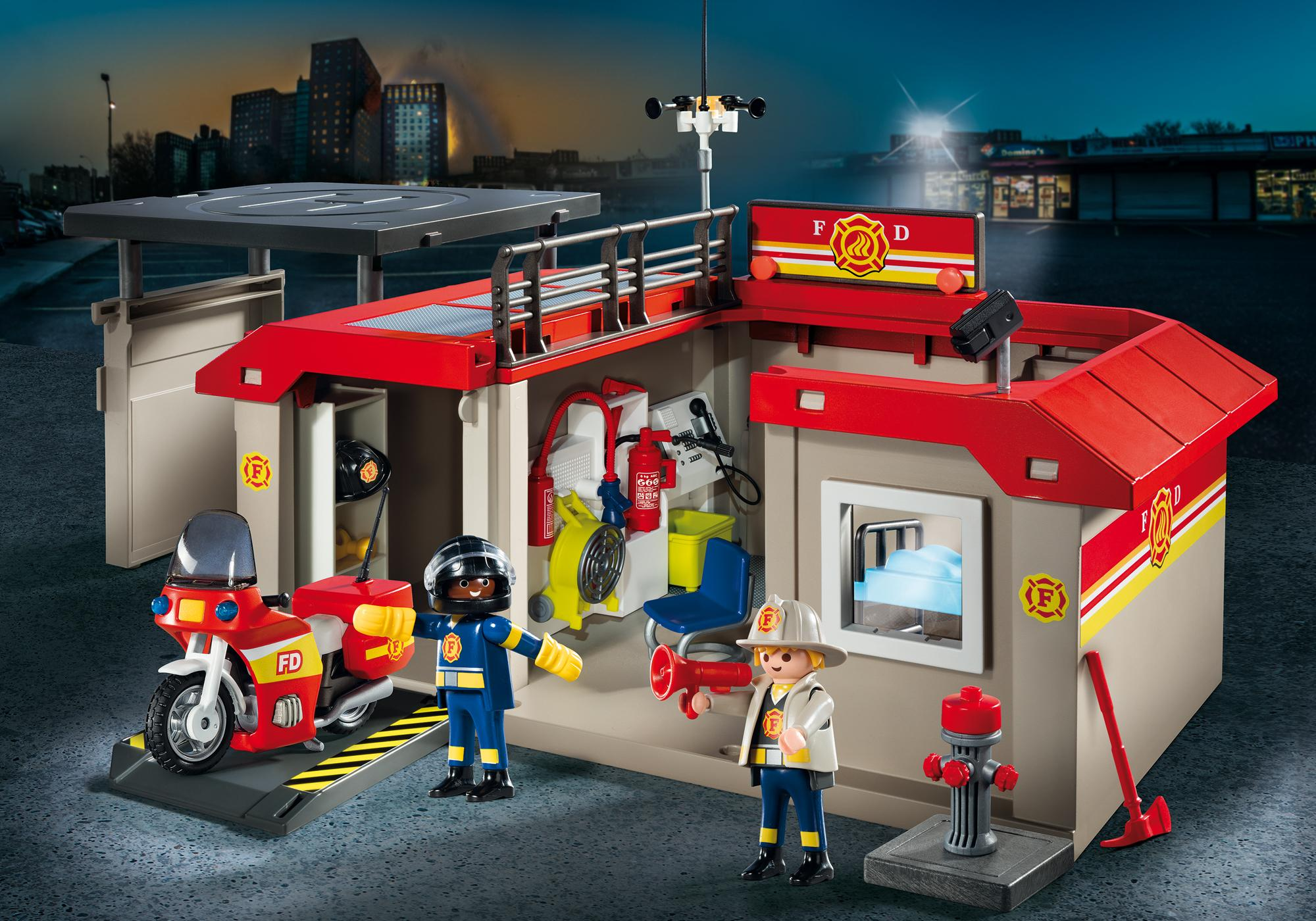 http://media.playmobil.com/i/playmobil/5663_product_detail
