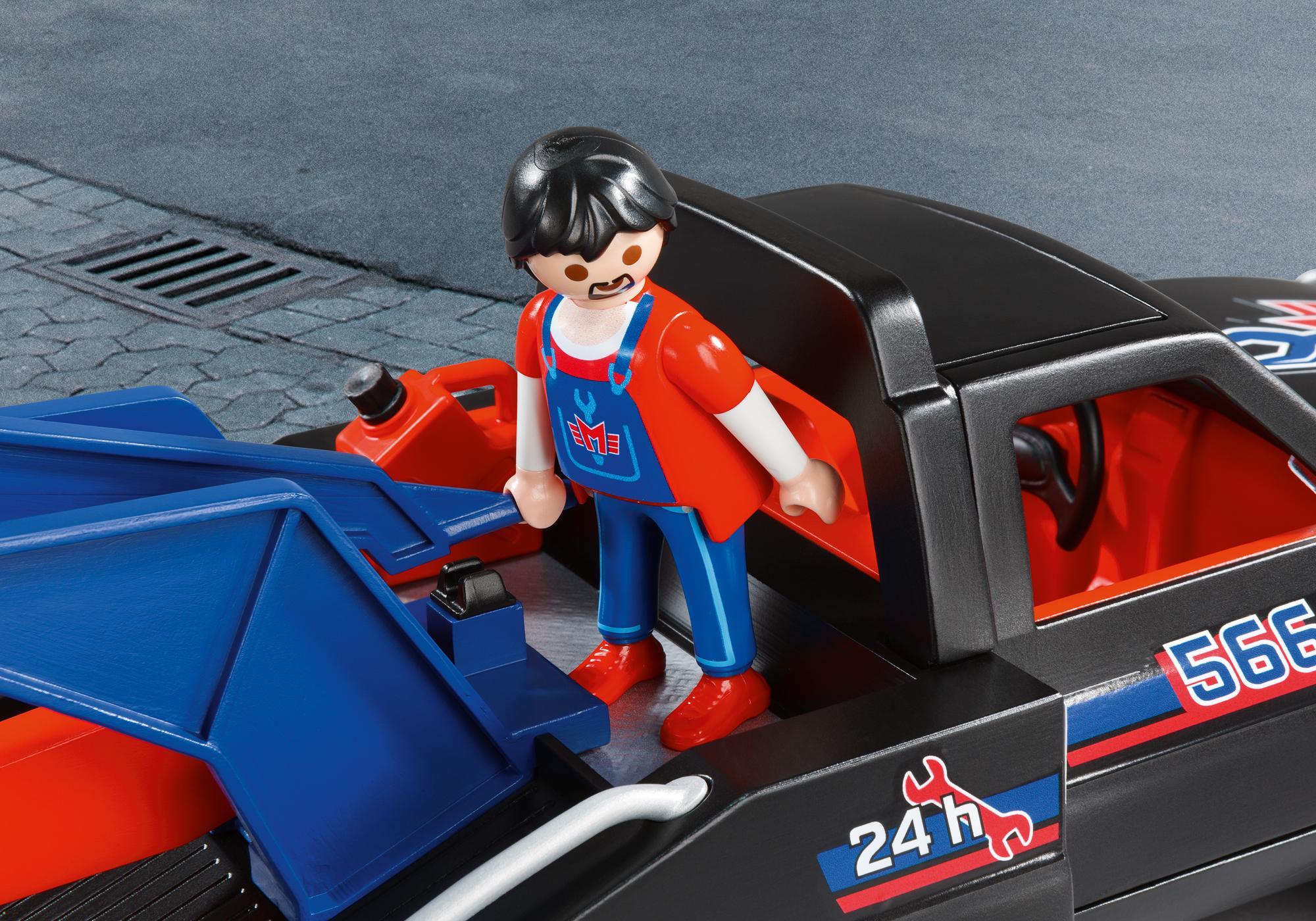http://media.playmobil.com/i/playmobil/5664_product_extra1/Tow Truck