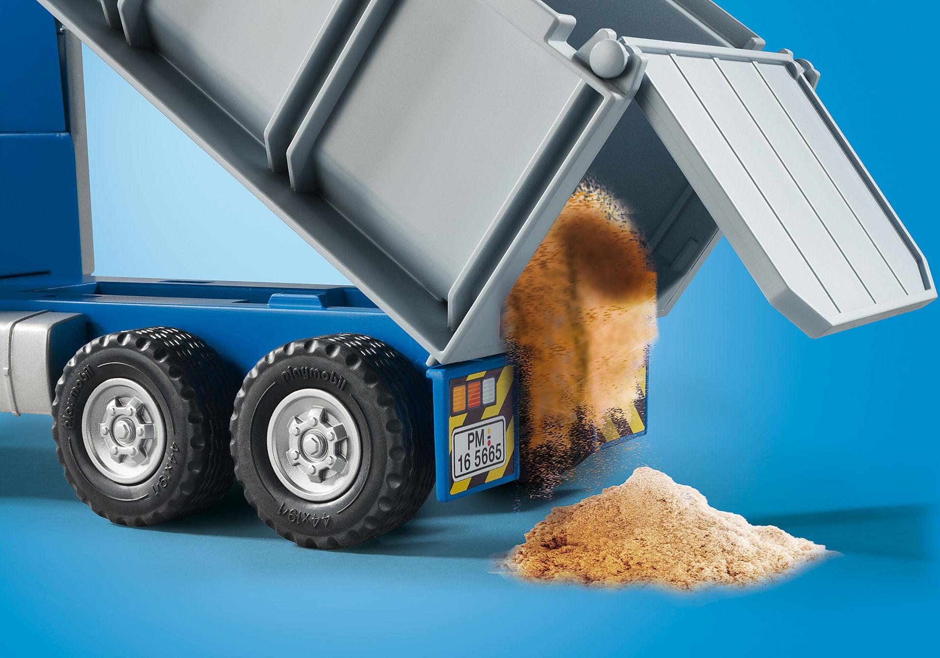 5665 Dump Truck zoom image4
