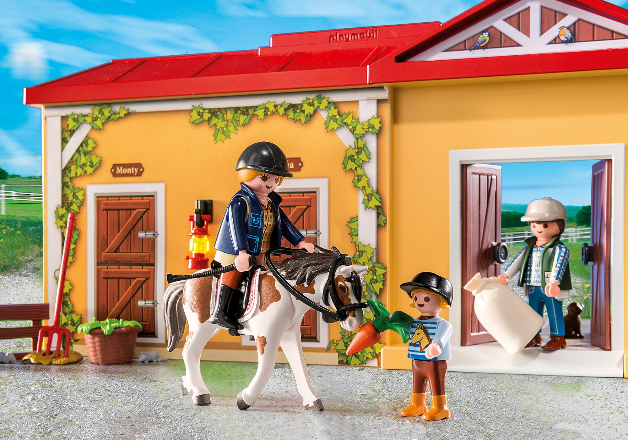 http://media.playmobil.com/i/playmobil/5671_product_extra3/Establo de Caballos Maletín