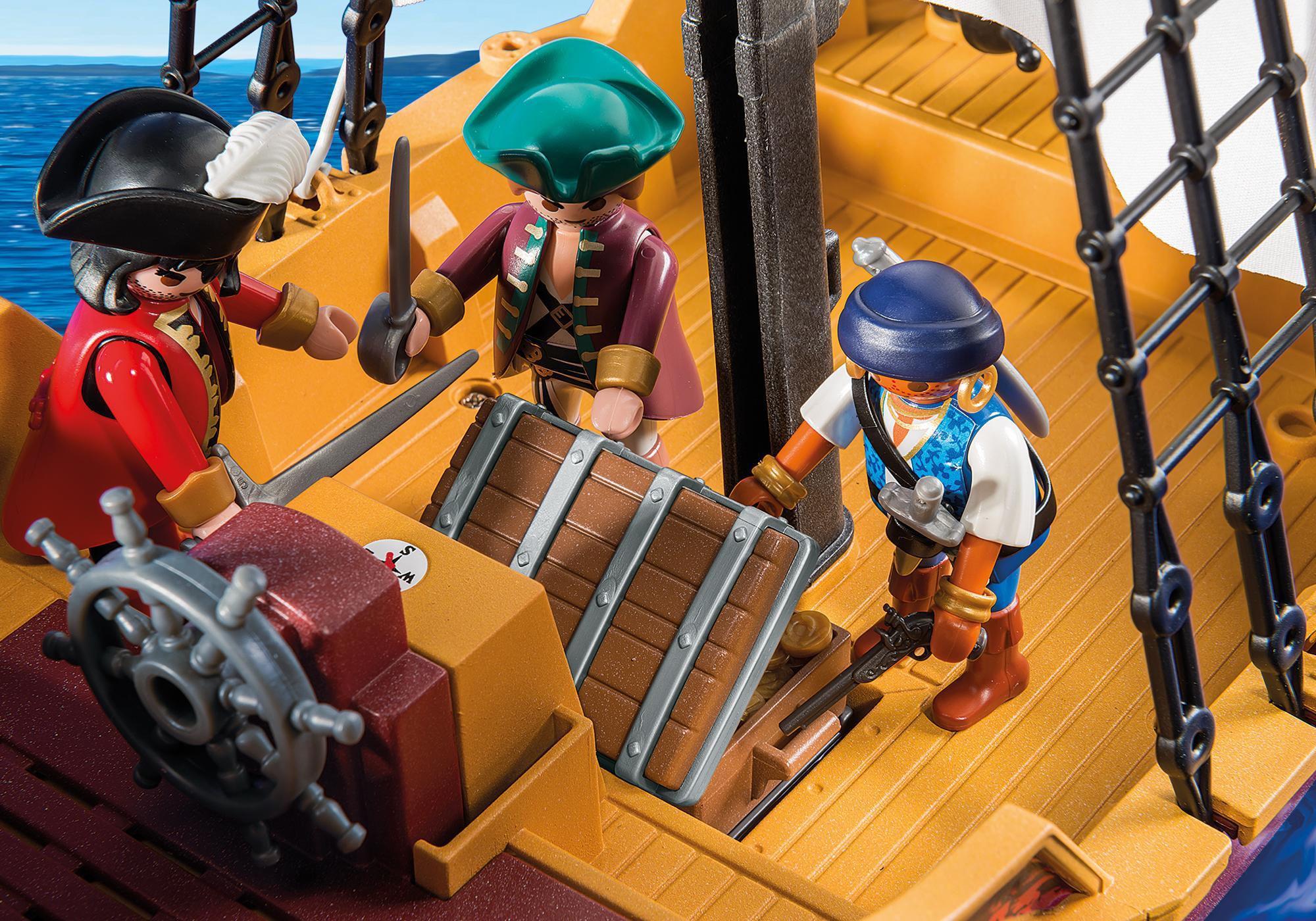 http://media.playmobil.com/i/playmobil/5678_product_extra2/Pirate Ship
