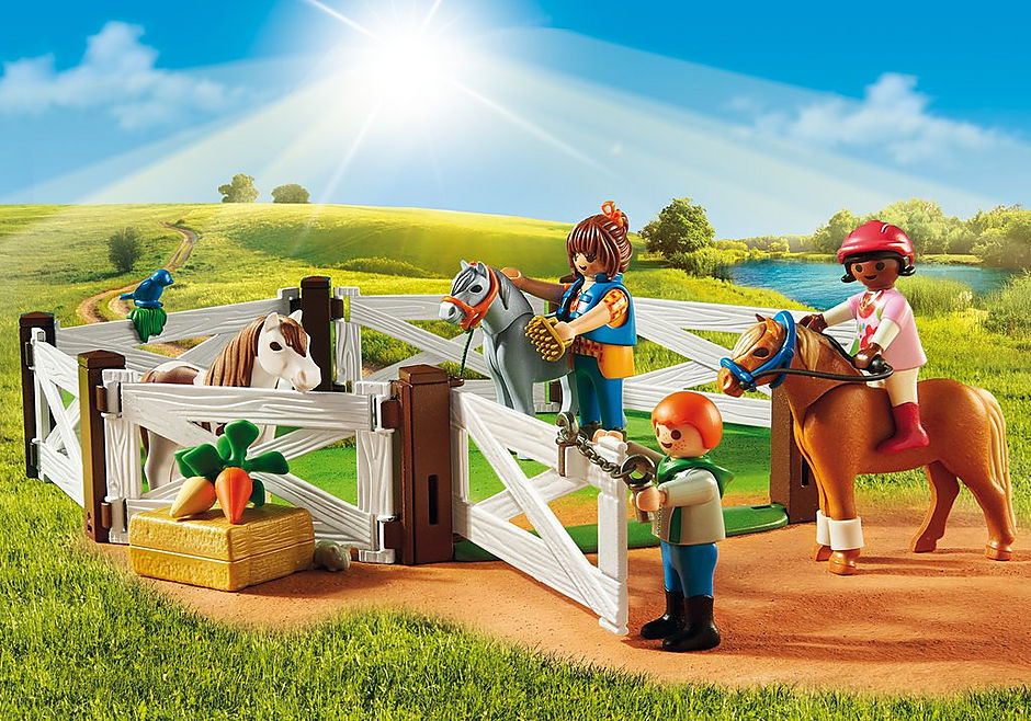 http://media.playmobil.com/i/playmobil/5684_product_extra2/Pony Farm