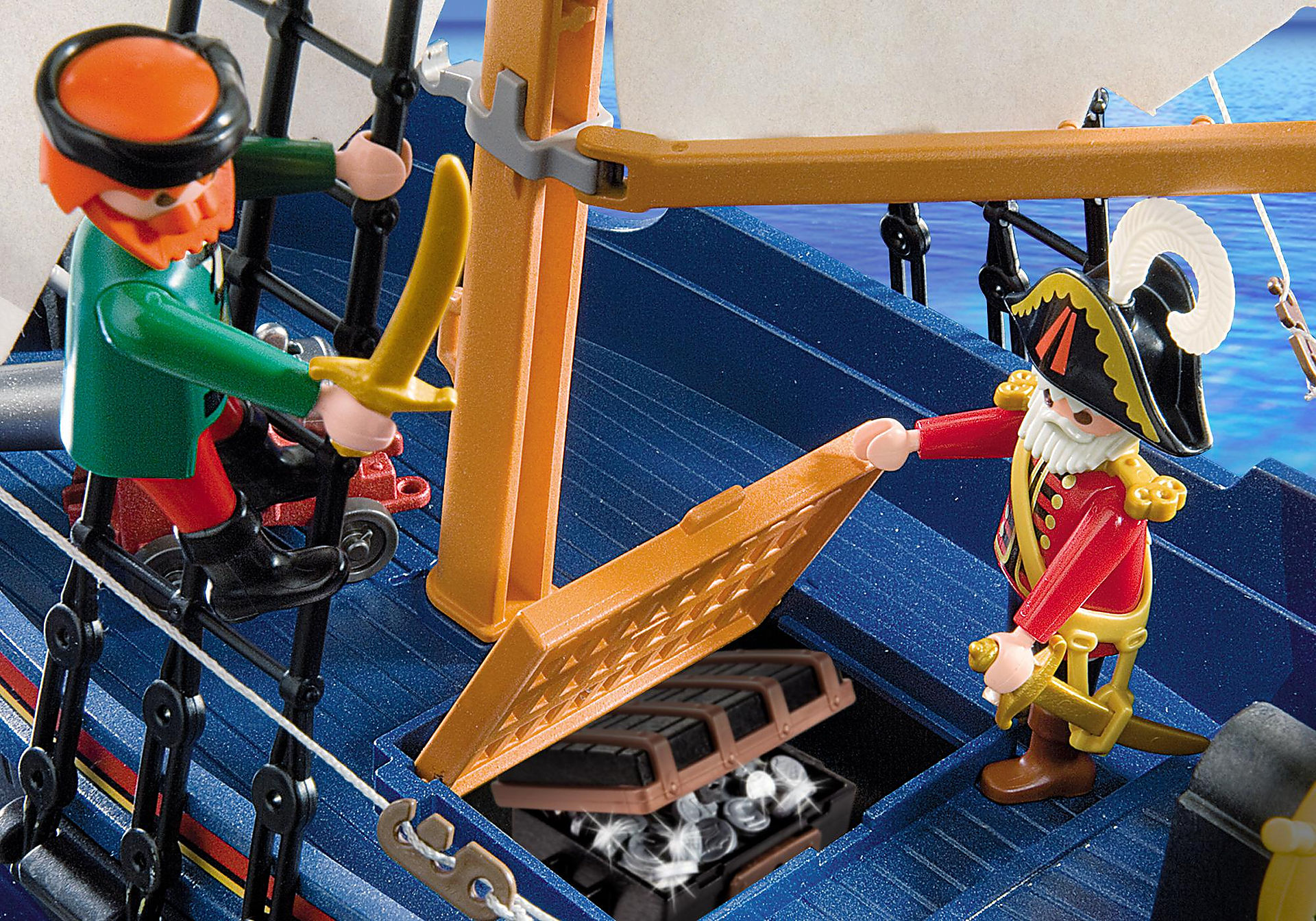 5810 Bateau pirate de Barbe bleue zoom image5