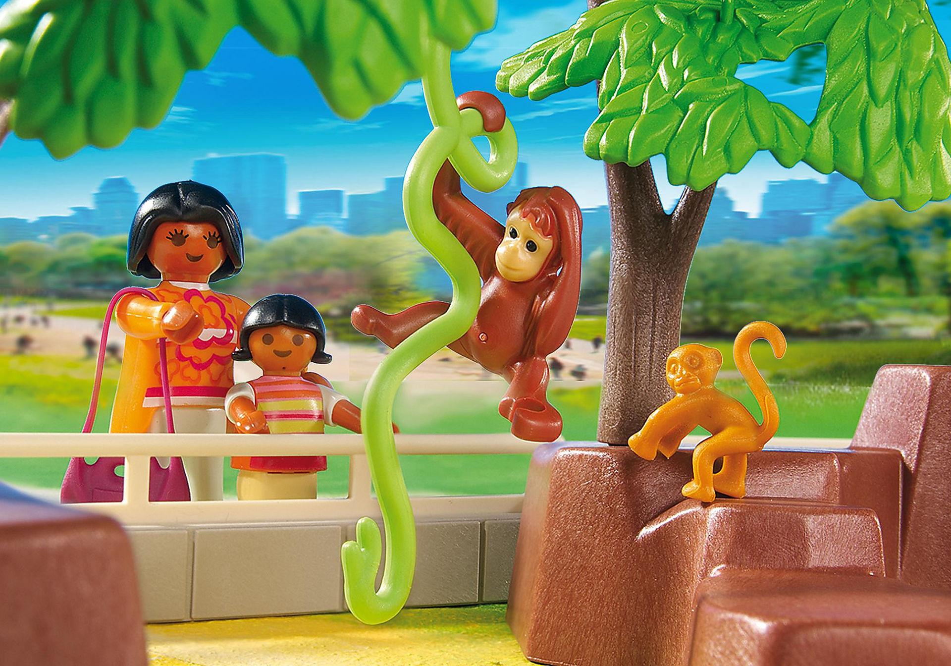 http://media.playmobil.com/i/playmobil/5969_product_extra2/Large Zoo