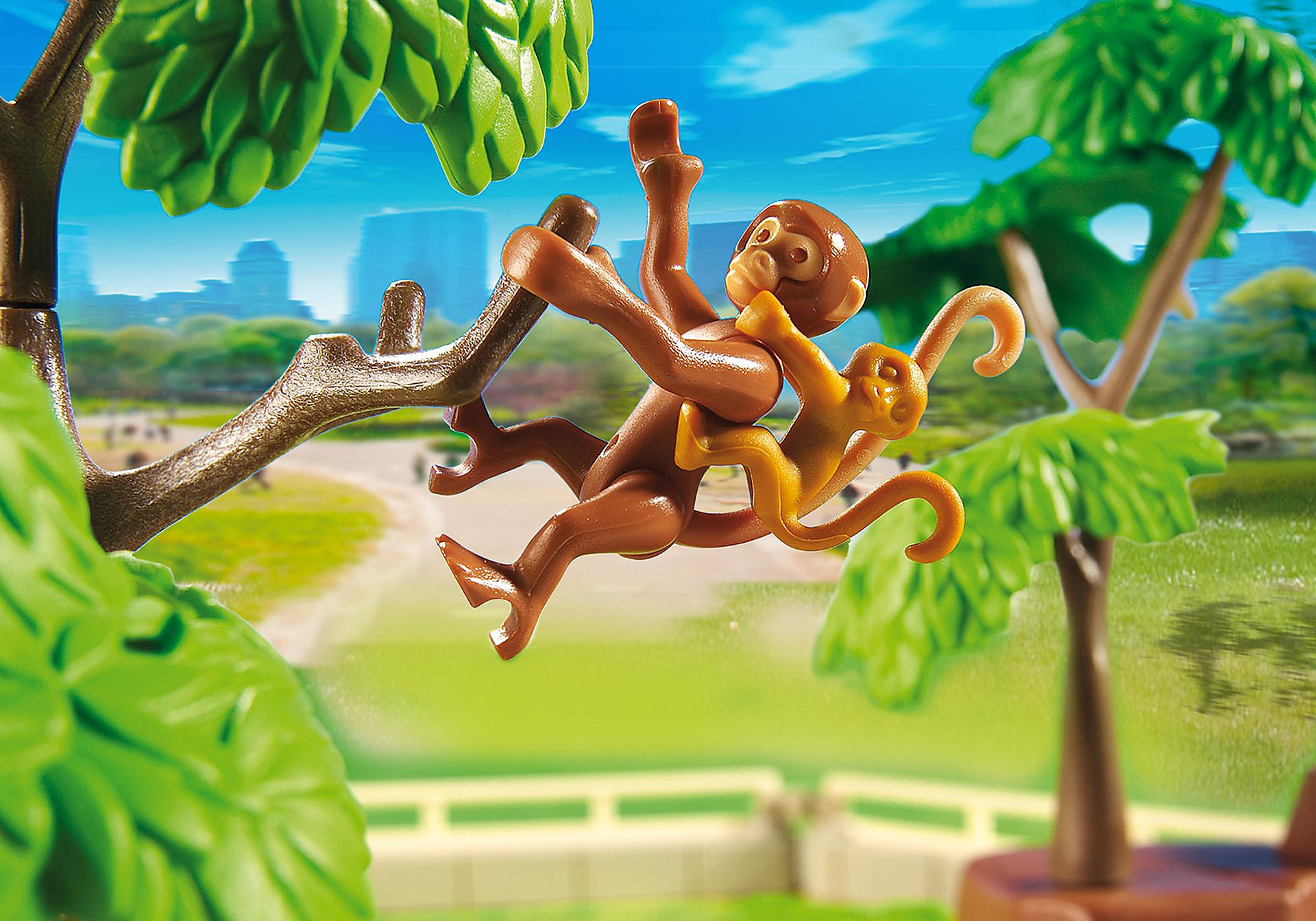 http://media.playmobil.com/i/playmobil/5969_product_extra4/Large Zoo