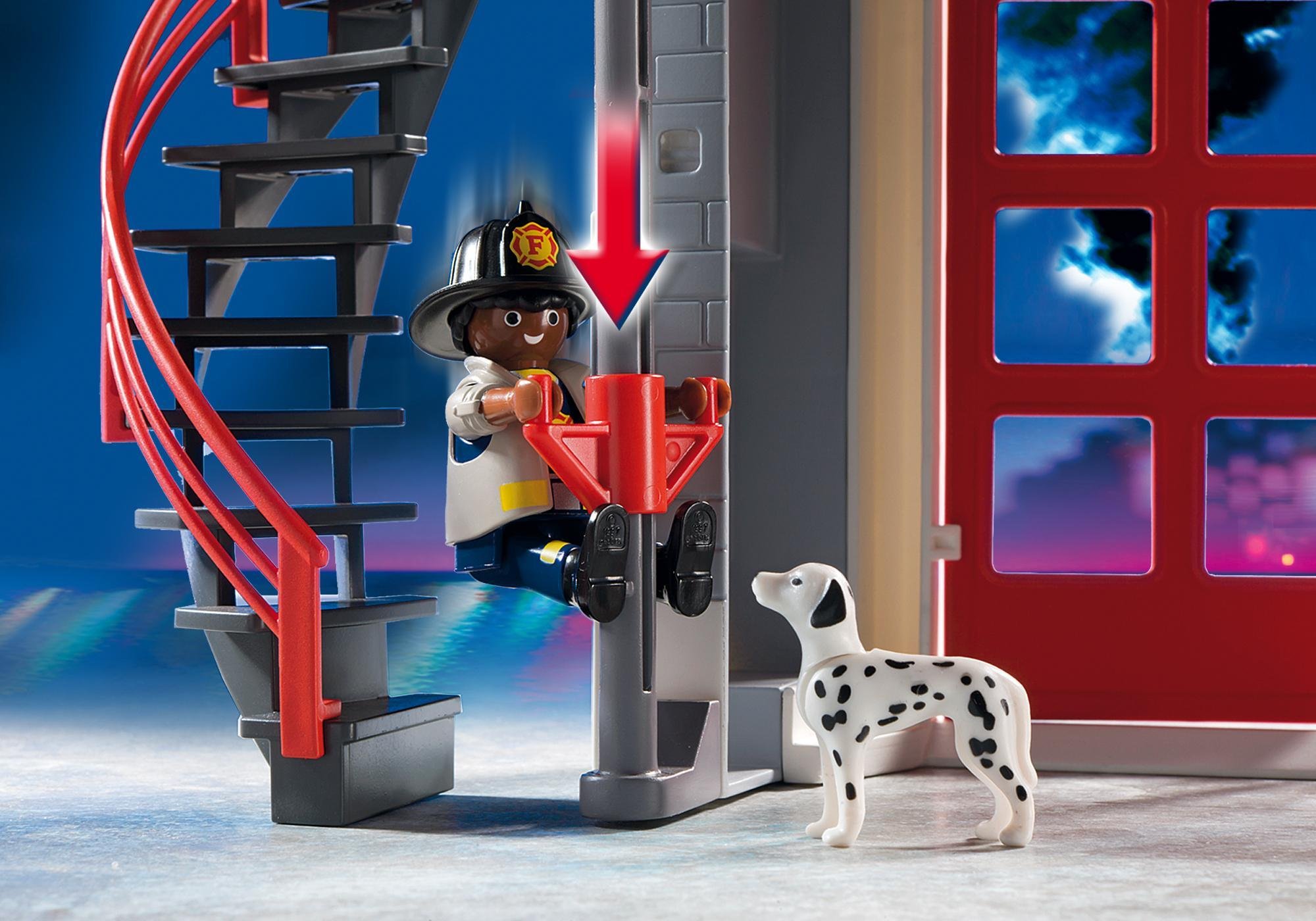 http://media.playmobil.com/i/playmobil/5981_product_extra2