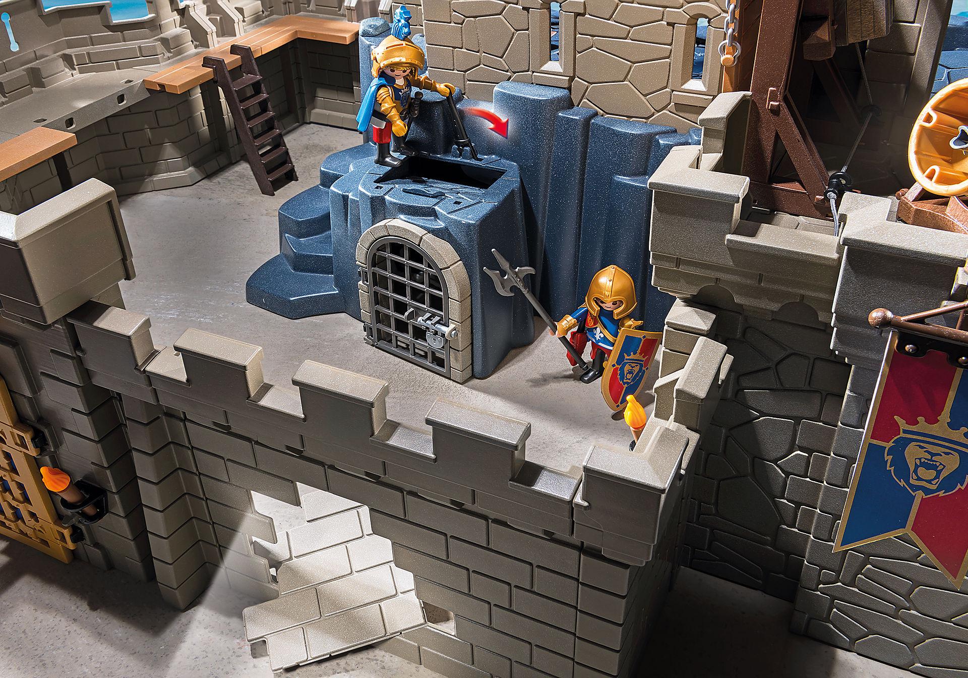 http://media.playmobil.com/i/playmobil/6000_product_extra4/Royal Lion Knight`s Castle