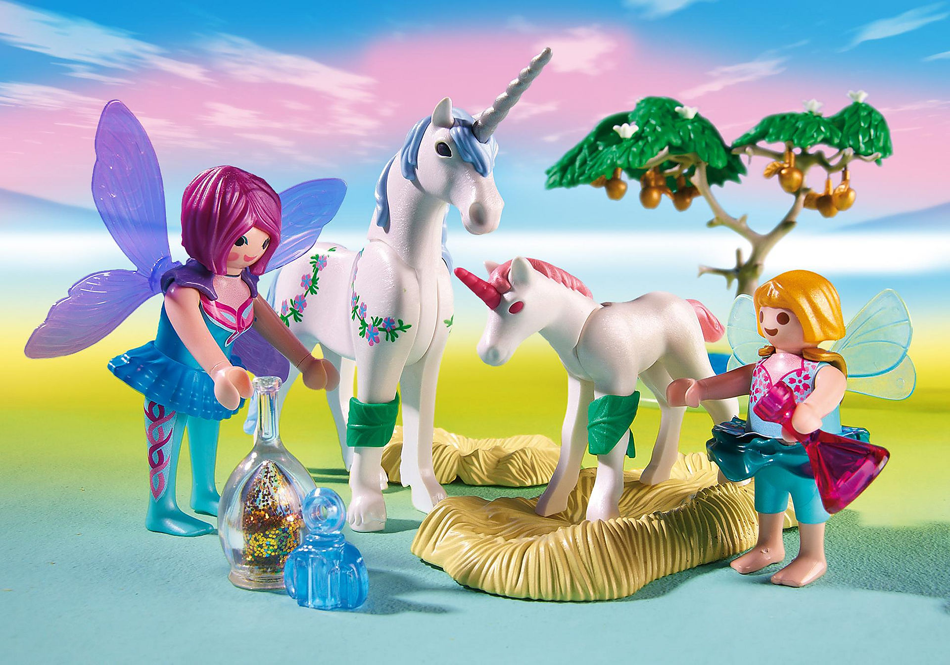 http://media.playmobil.com/i/playmobil/6055_product_extra3/Fairies with Toadstool House