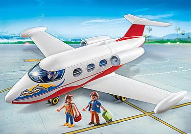 6081 Flygplan med pilot och turister