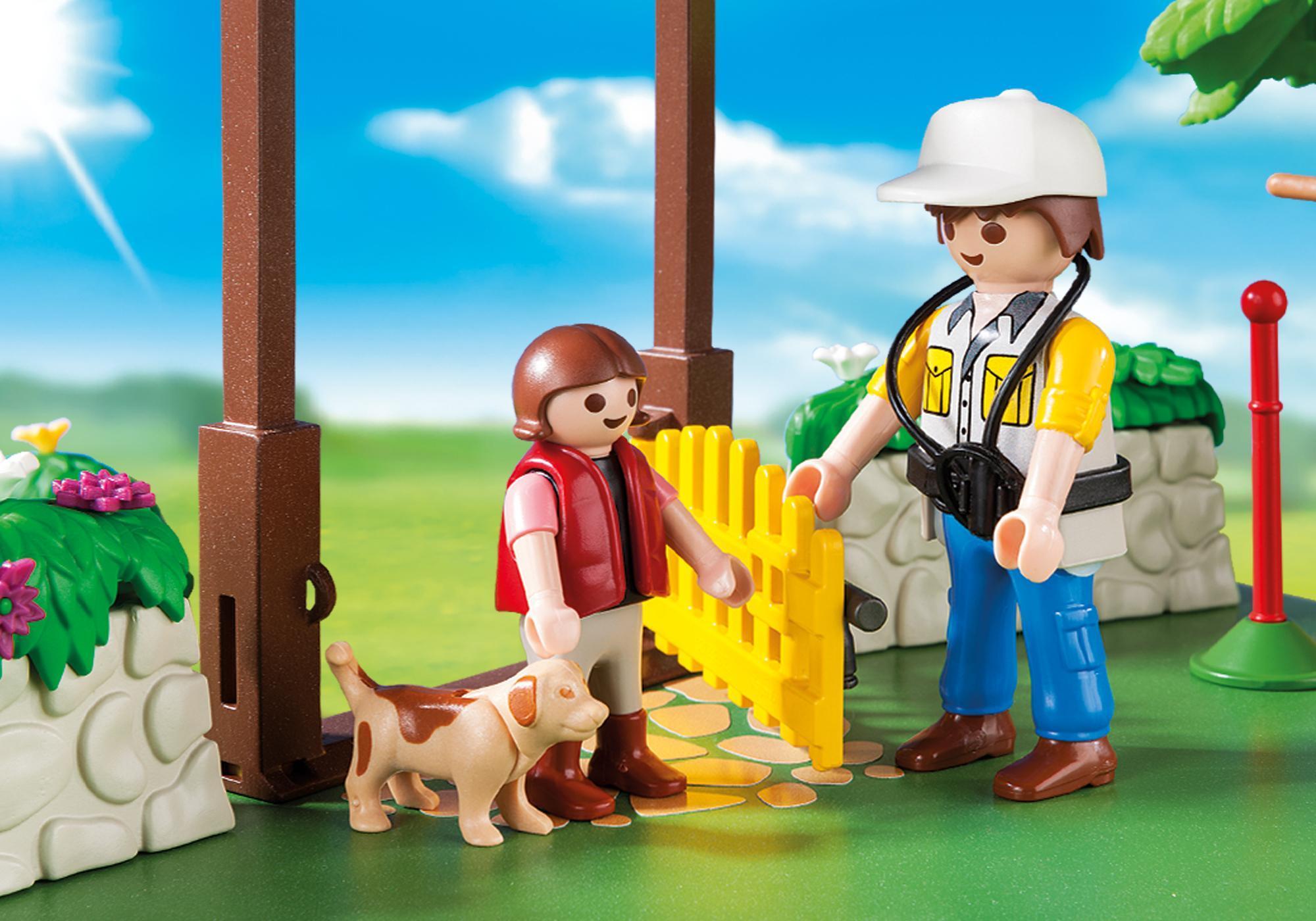 http://media.playmobil.com/i/playmobil/6145_product_extra1/SuperSet Centre de dressage pour chiens