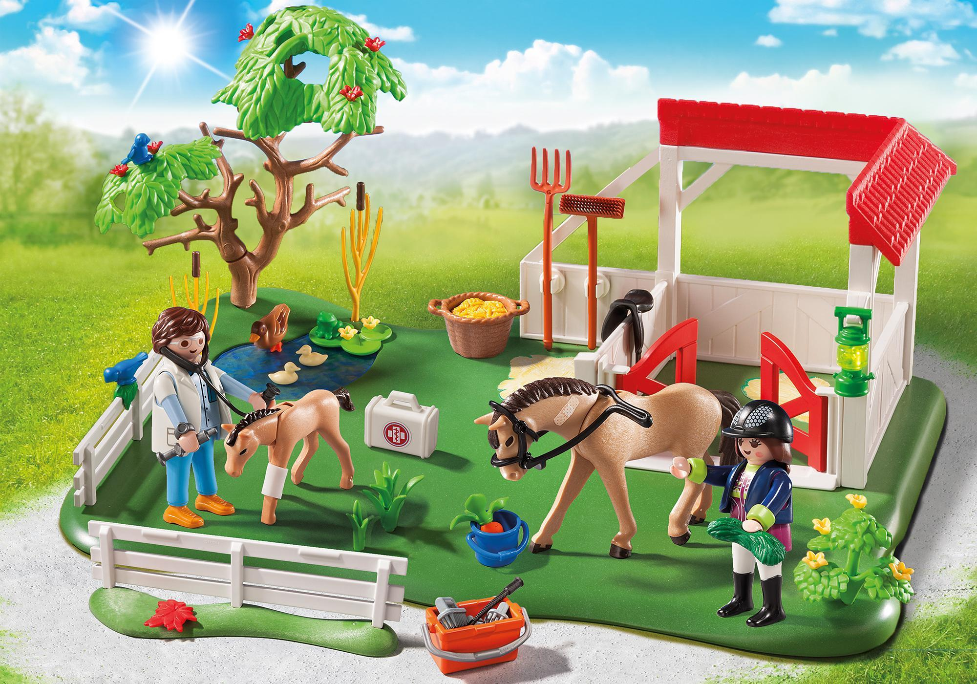 http://media.playmobil.com/i/playmobil/6147_product_detail/Superset Prado de Caballos