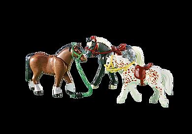 6360 Τρία άλογα
