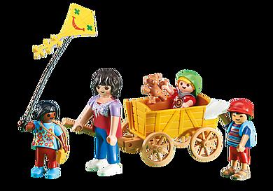 6439 Opiekunka z dziećmi i wózkiem