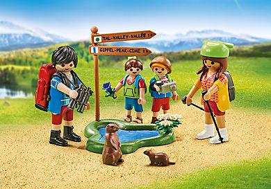 6536 Familia de Excursionistas