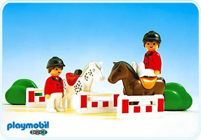 http://media.playmobil.com/i/playmobil/6550-A_product_detail/Sport hippique