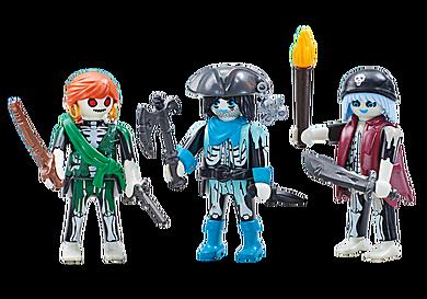 6592 Three Ghost Pirates