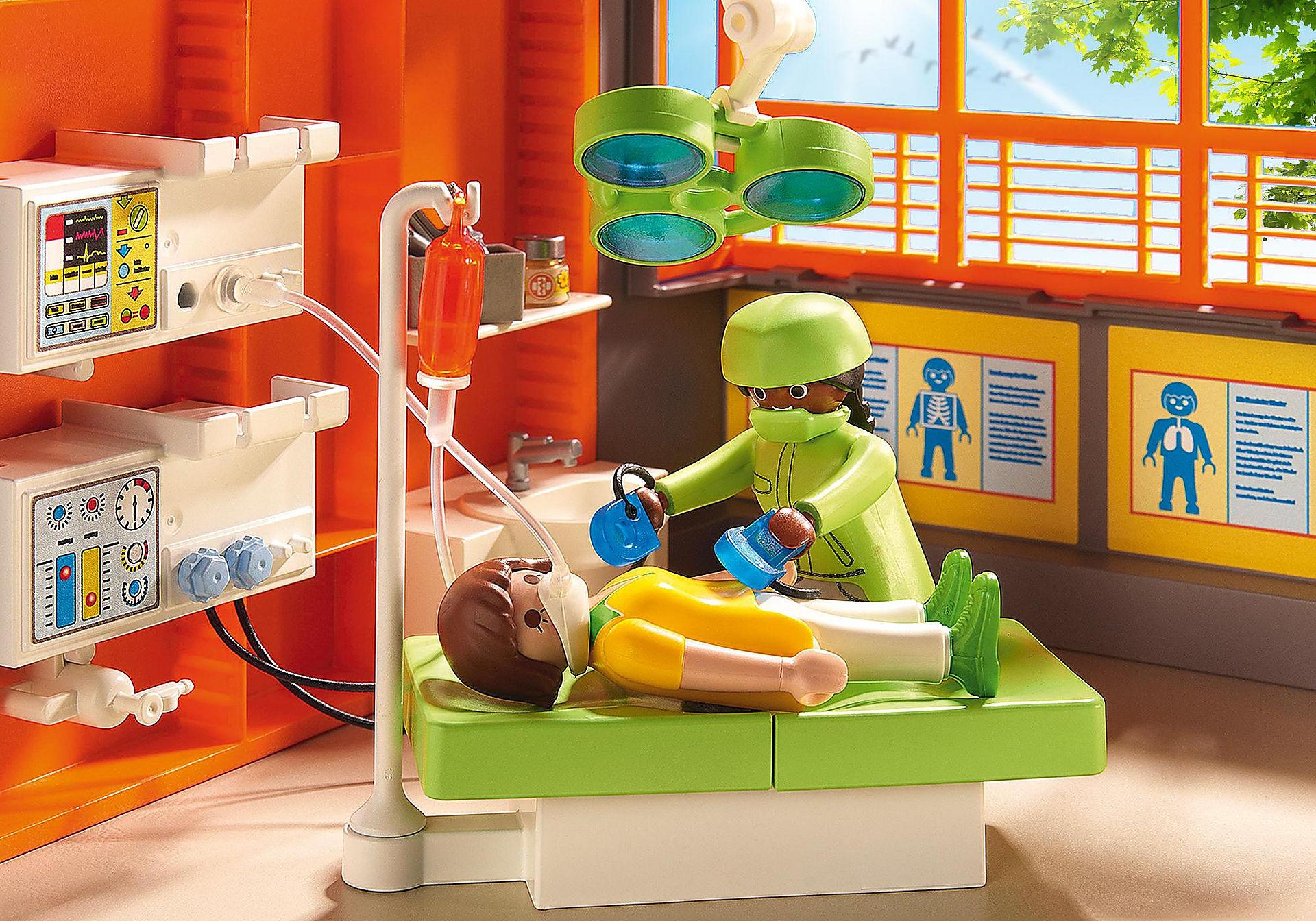 http://media.playmobil.com/i/playmobil/6657_product_extra1/Compleet ingericht kinderziekenhuis