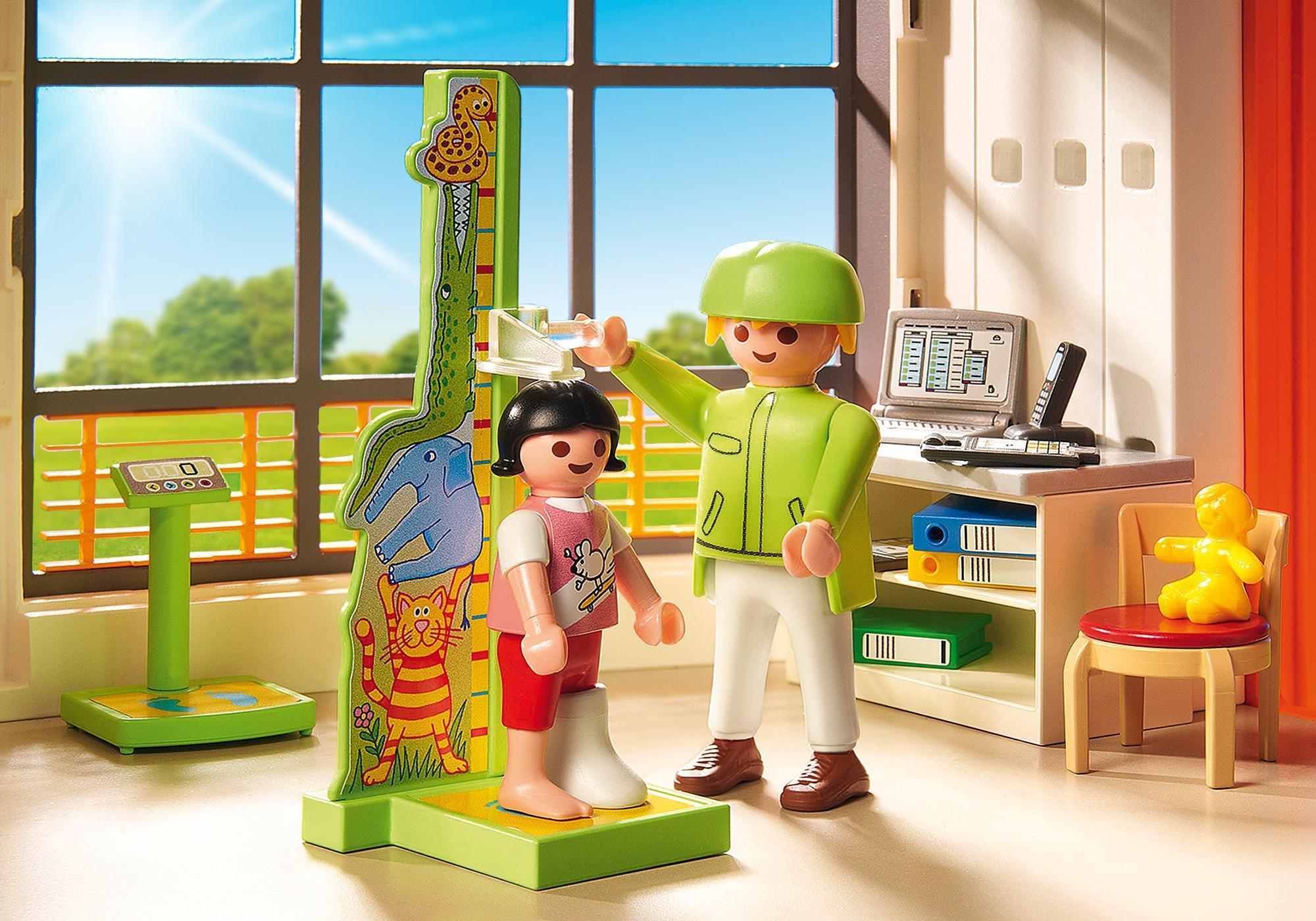 http://media.playmobil.com/i/playmobil/6657_product_extra2/Kinderklinik mit Einrichtung