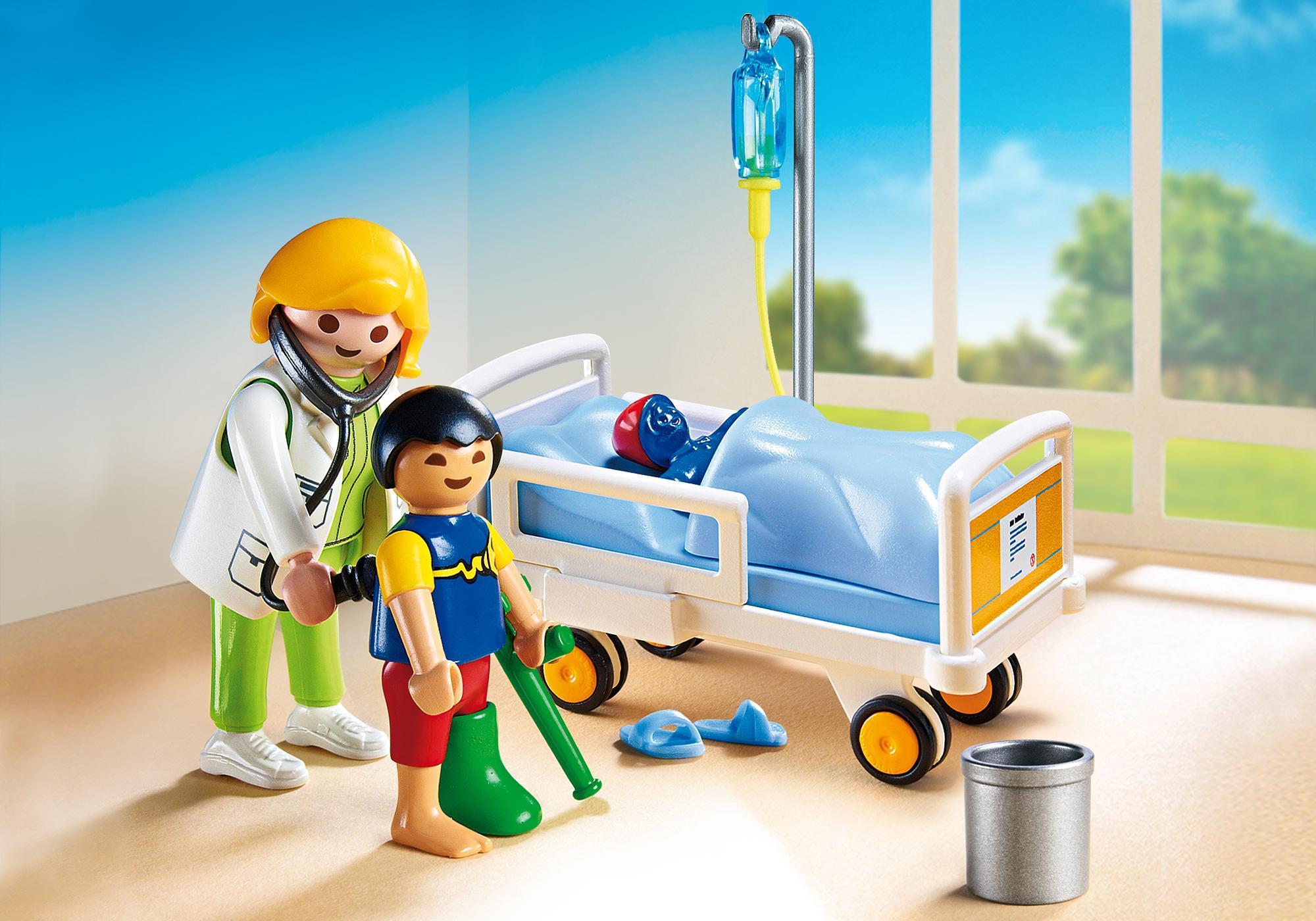 6661_product_detail/Doctora con niño