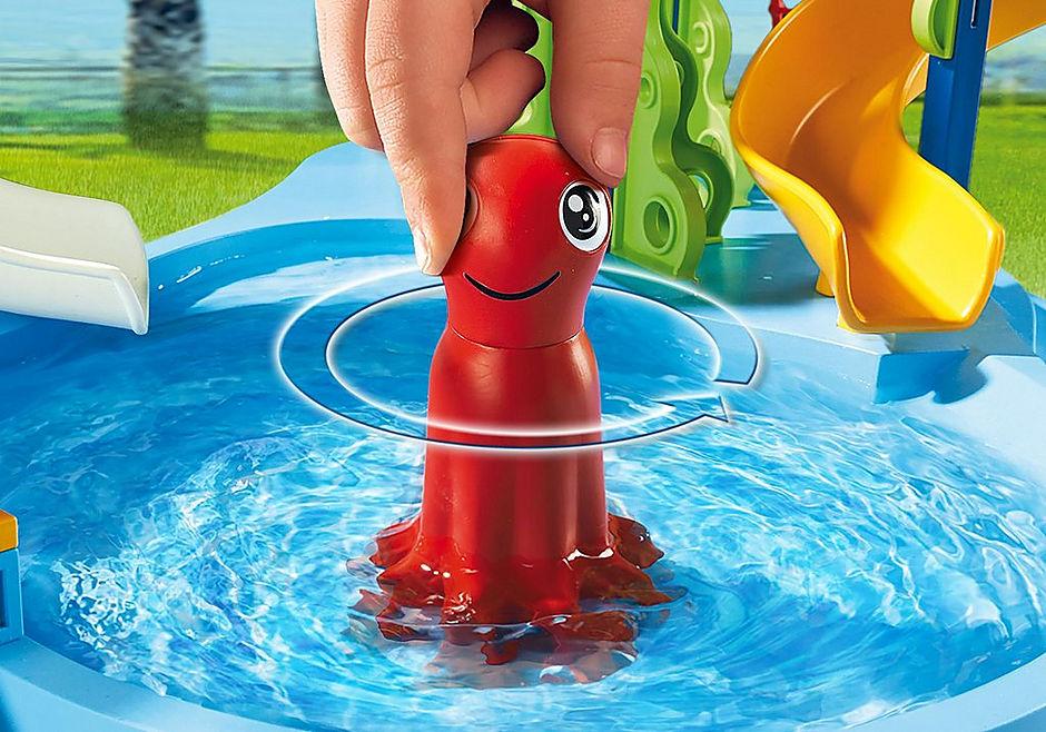 6669 Parc aquatique avec toboggans géants detail image 6