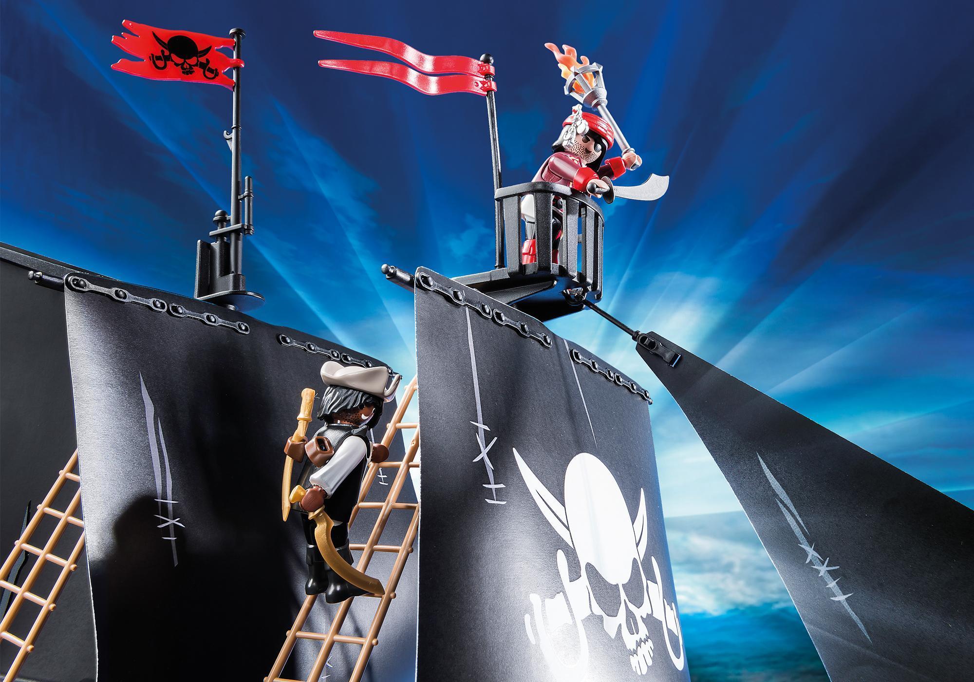 http://media.playmobil.com/i/playmobil/6678_product_extra1/Barco de Ataque dos Piratas