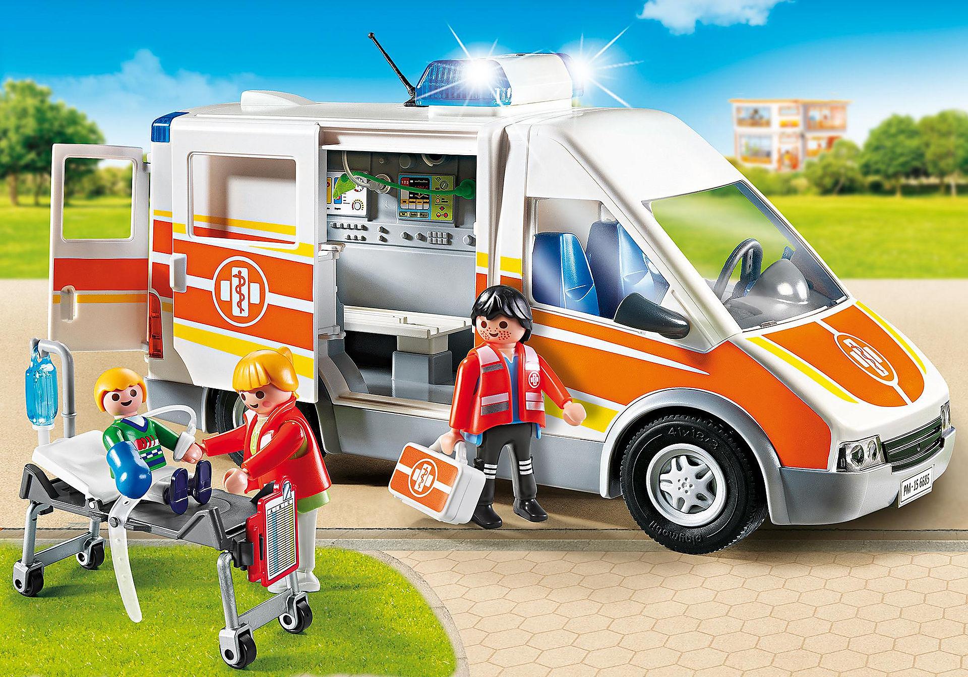 6685 Ambulance avec gyrophare et sirène  zoom image1