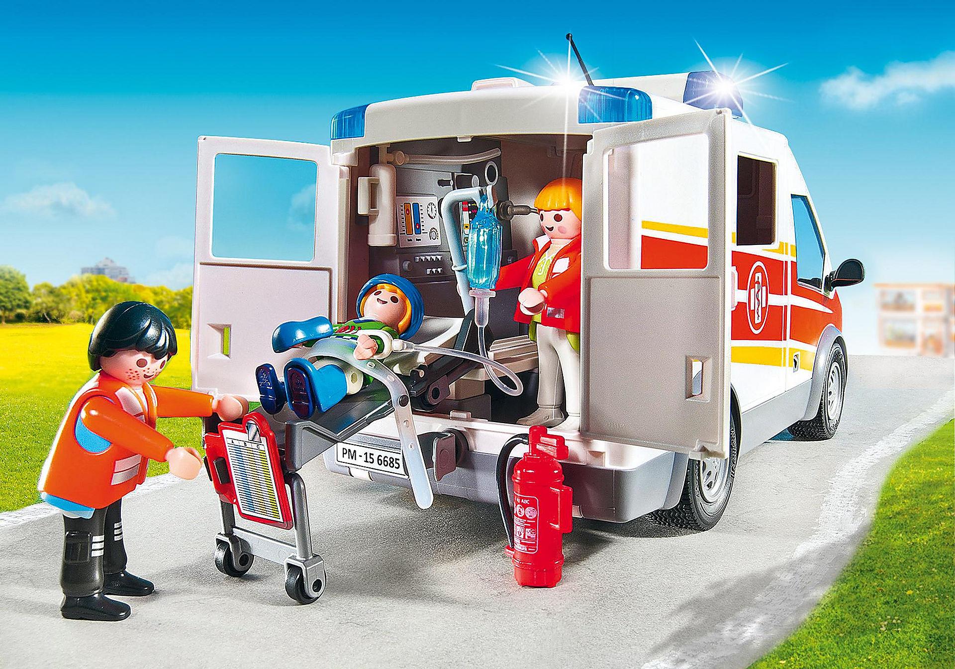 http://media.playmobil.com/i/playmobil/6685_product_extra2/Ambulancia con Luces y Sonido