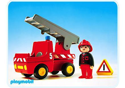 http://media.playmobil.com/i/playmobil/6704-A_product_detail/Feuerwehrauto