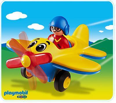 http://media.playmobil.com/i/playmobil/6717-A_product_detail/Pilote / avion 1.2.3