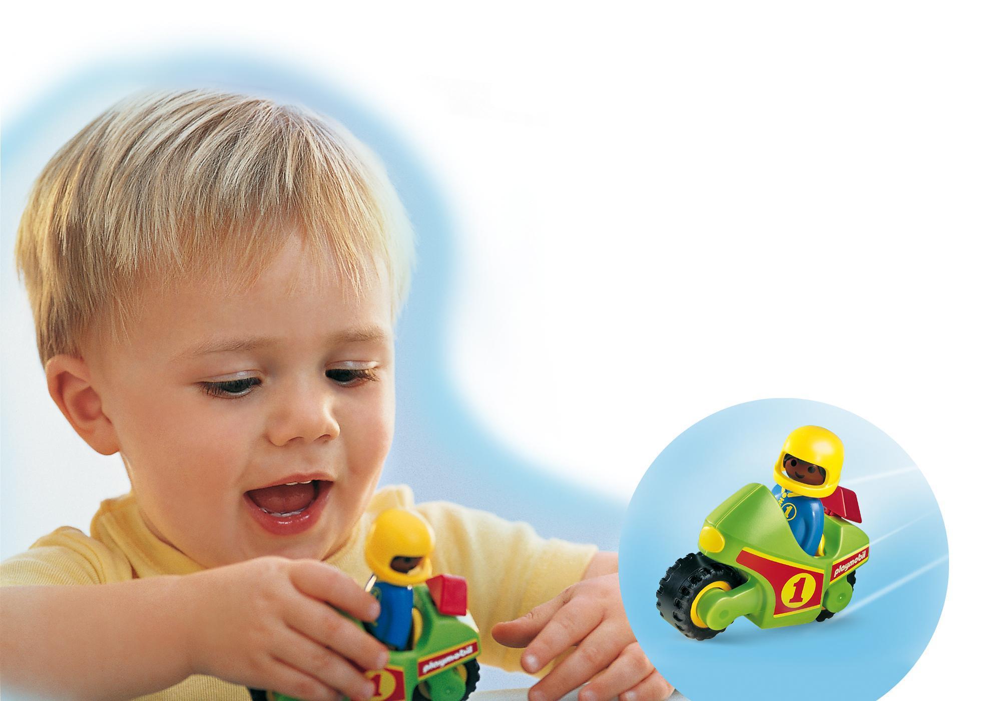 http://media.playmobil.com/i/playmobil/6719_product_extra1