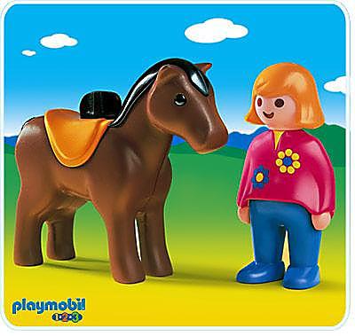 6723-A Reiterin mit Pferd detail image 1