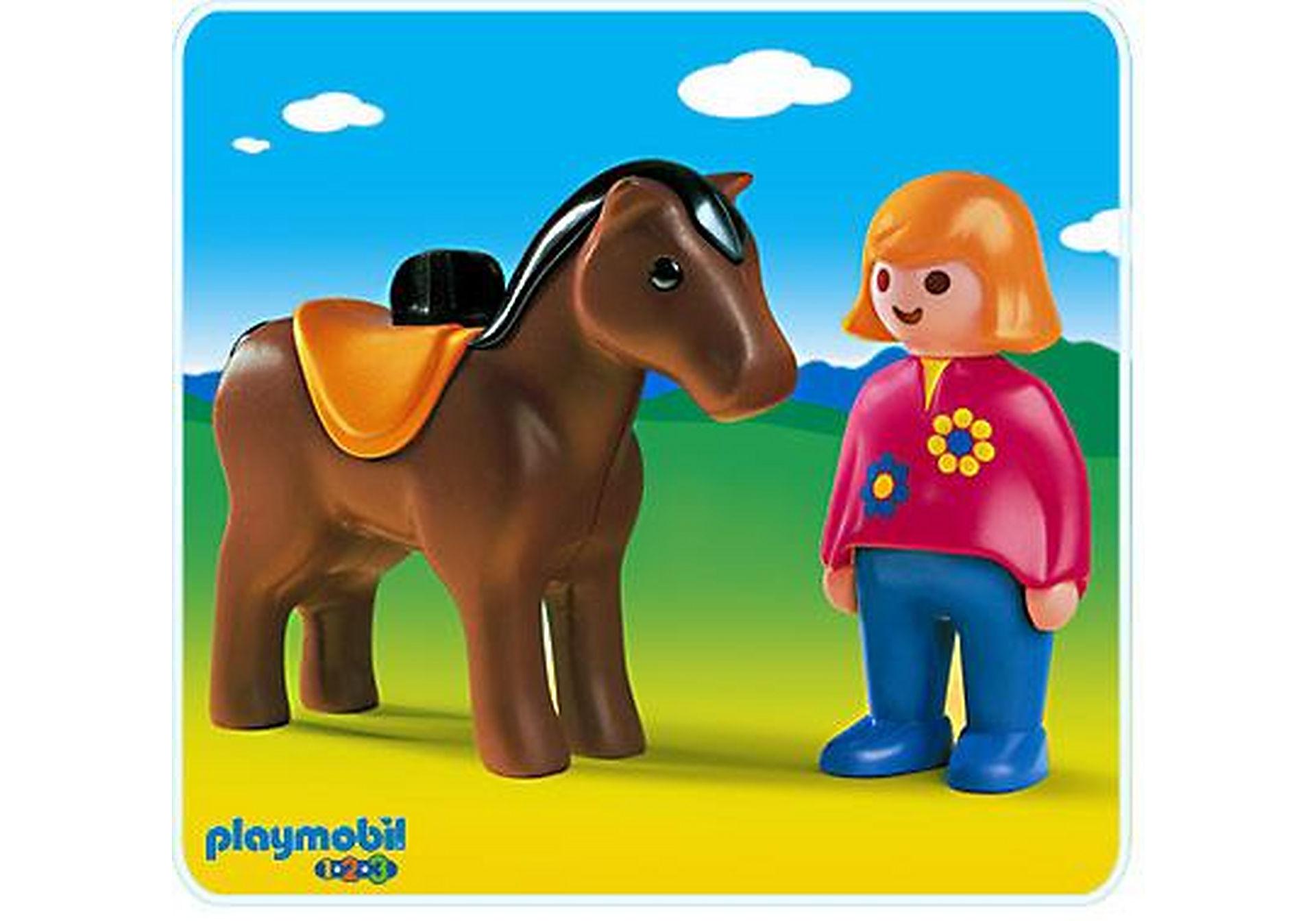 6723-A Reiterin mit Pferd zoom image1
