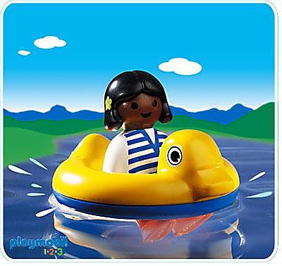 6726-A Kind mit Schwimmreifen detail image 1