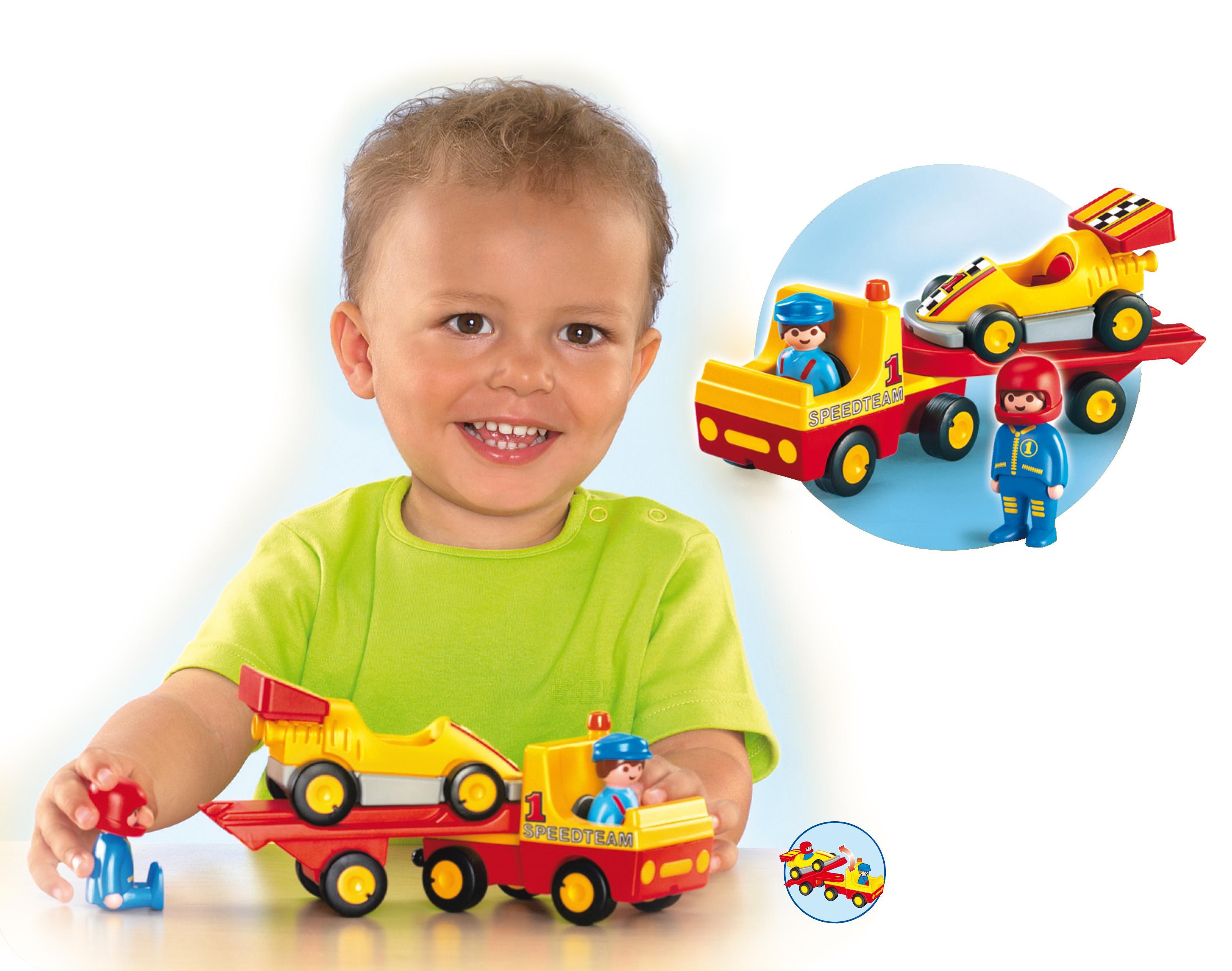 http://media.playmobil.com/i/playmobil/6761-A_product_box_back/Rennauto mit Transporter