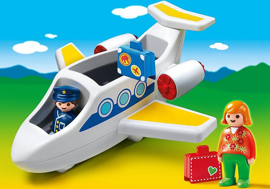 6780-A Passagierflugzeug detail image 1