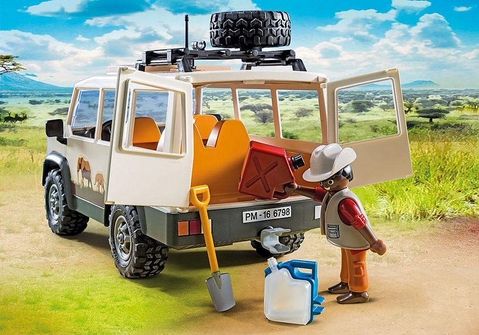 http://media.playmobil.com/i/playmobil/6798_product_extra2/Veículo de safari com leões