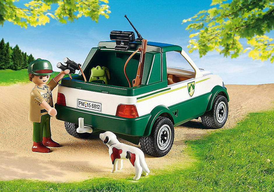 http://media.playmobil.com/i/playmobil/6812_product_extra1/Guardabosque con Pick up