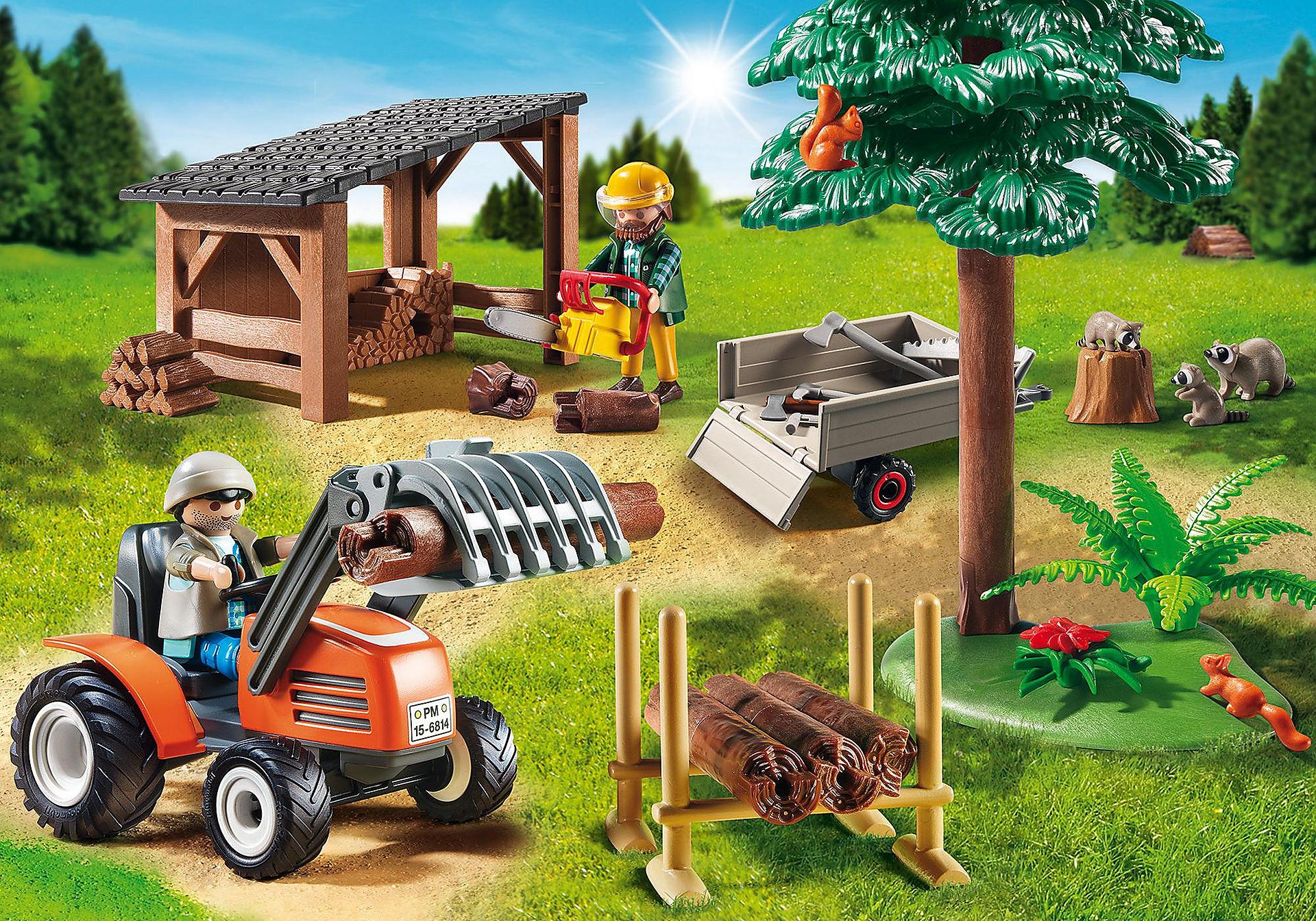 6814 Skogsarbetare med traktor zoom image1